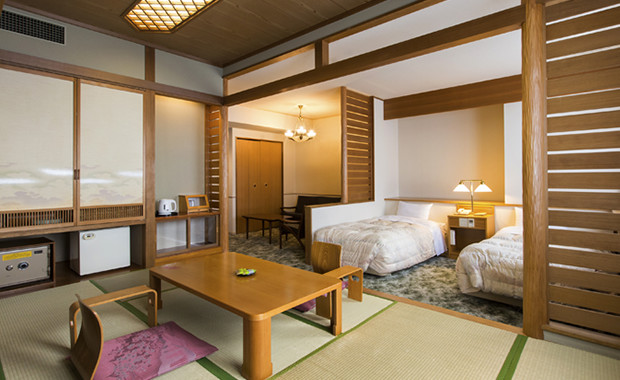 Deluxe Japanese-Western Room